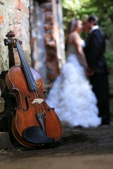 Expertos en música para bodas
