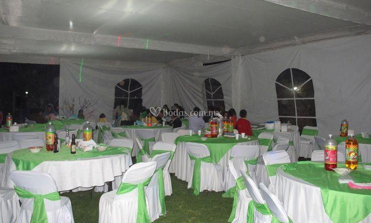 Decoracion De Mesas De Jardin Para Fiestas Foto 6 - Decoracion-mesas-fiestas