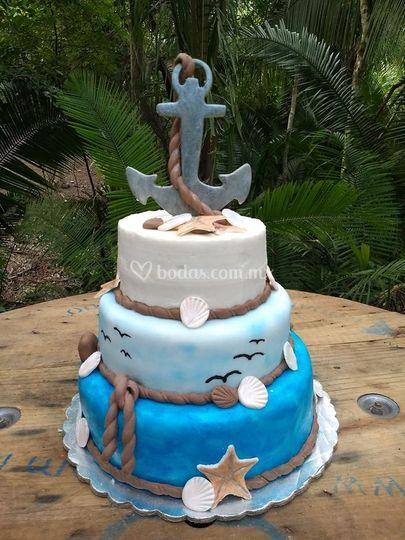 Pastel de bodas temática mar