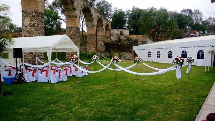 Jard n los arcos de tepojaco for Salon villa jardin cuautitlan izcalli