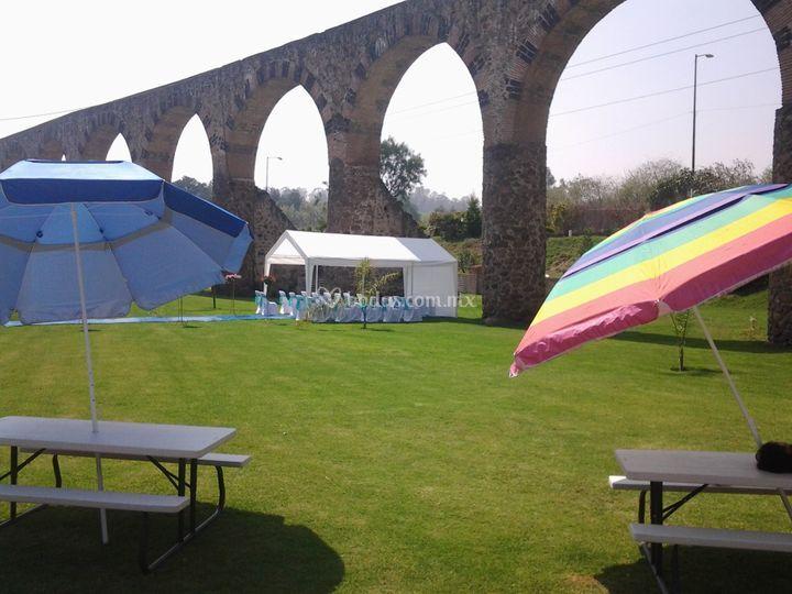 Jard n los arcos de tepojaco for Arcos de jardin