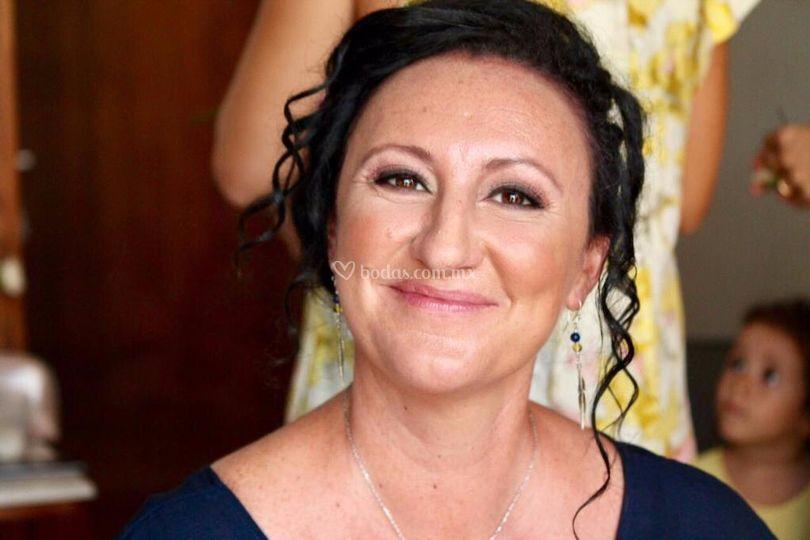 Dama makeup natural
