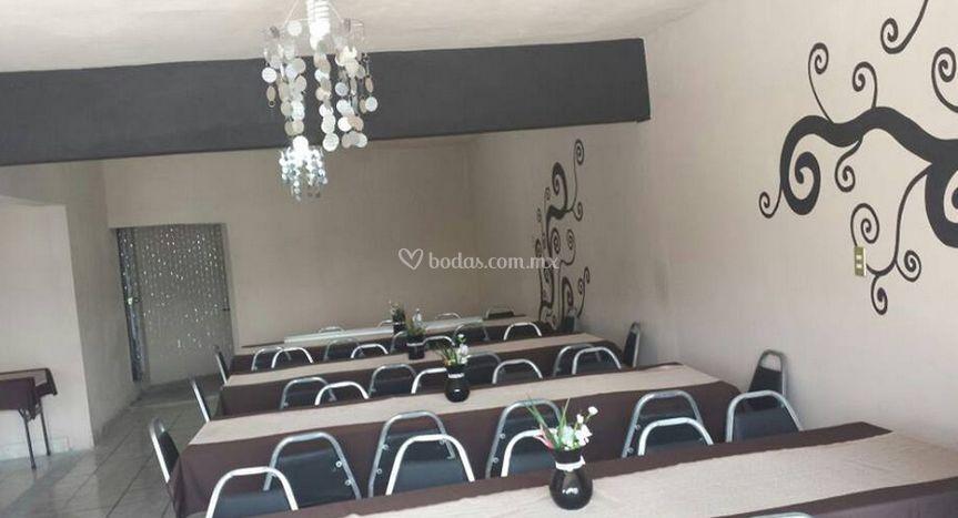 Celebraciones de sal n ev nman fotos for Acuario salon de celebraciones