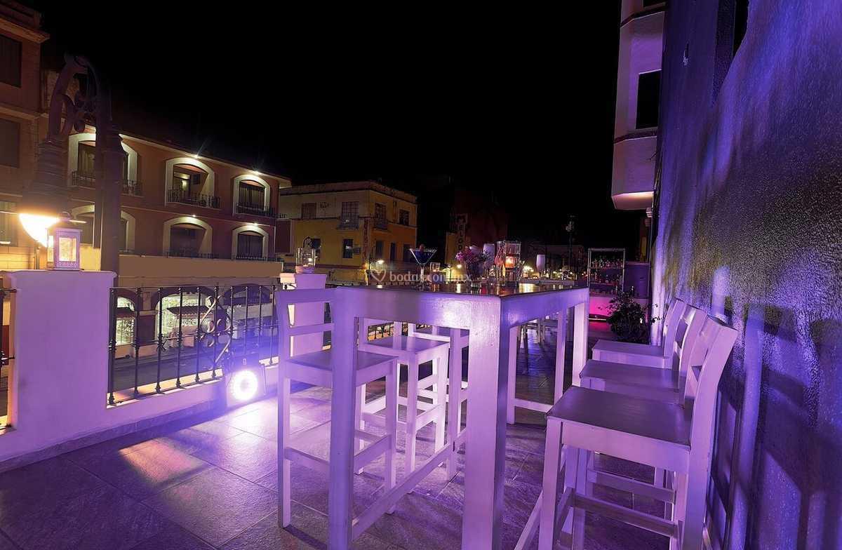Terraza Madero Alto Noche De Hotel Olmeca Plaza Villahermosa