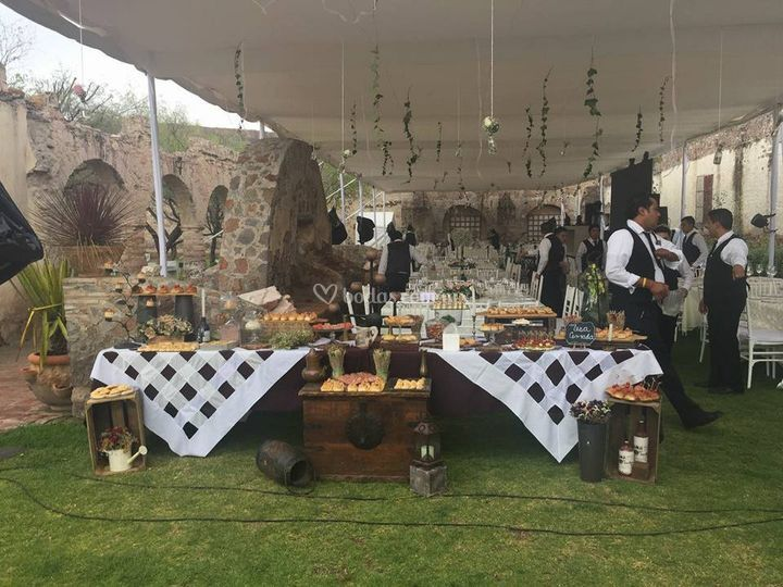 Rocío Robles Catering & Buffet