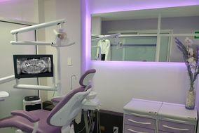 Dra. Fernanda Balmori - Dentista
