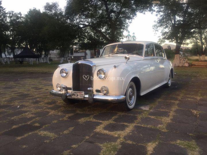 Bentley 1961.