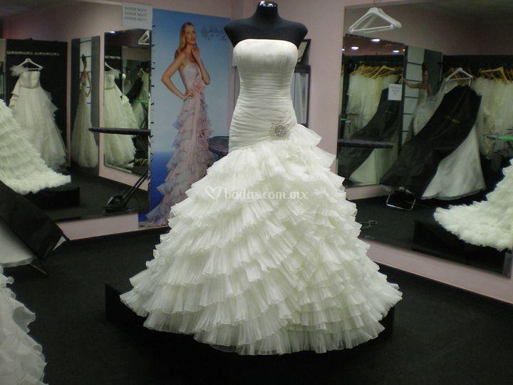 Leblanc Bridal