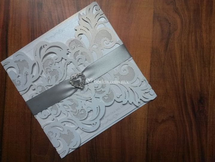 Invitación corte láser boda