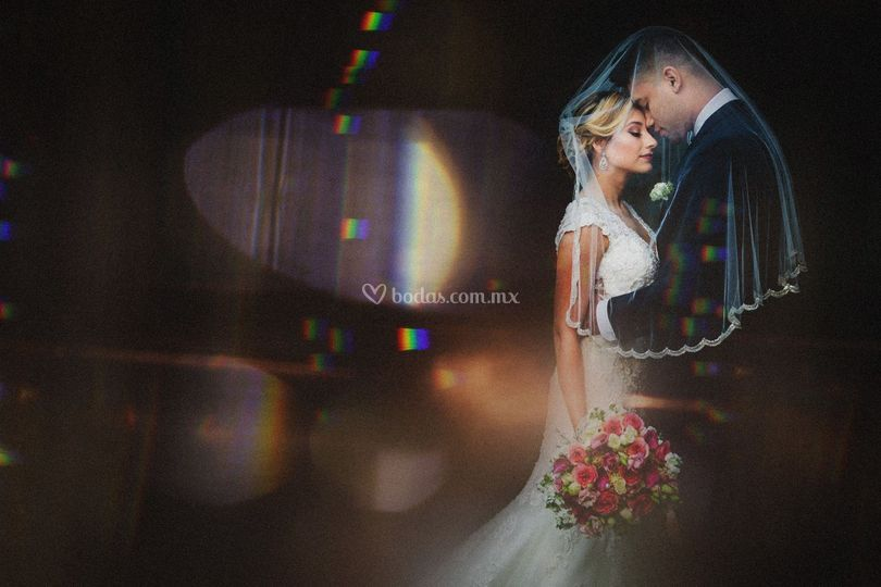 Cineluk wedding photo logo