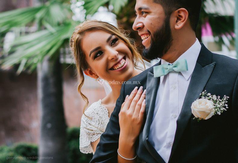Sonrisas de boda