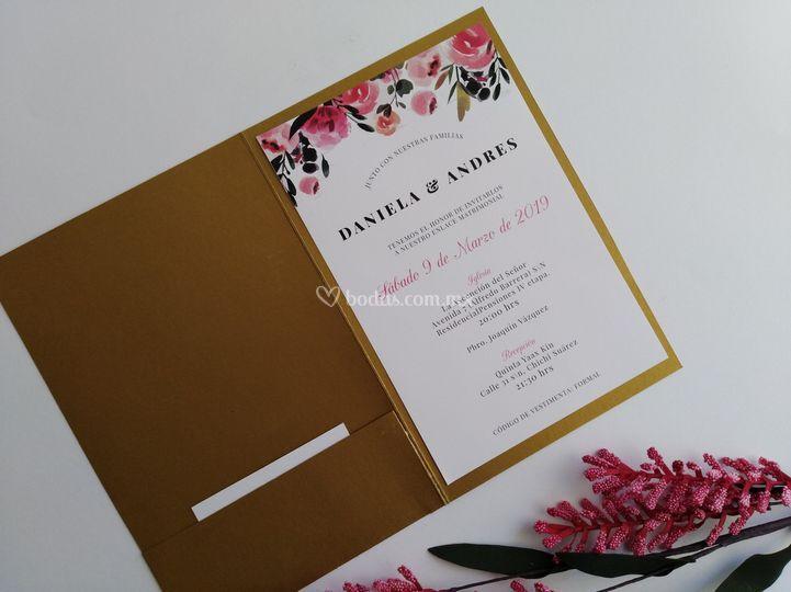 Invitación floral tipo carpeta