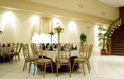 Mesas decoradas con centro de mesa