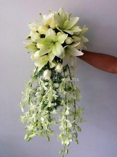 Buquet novia lilys orquidea