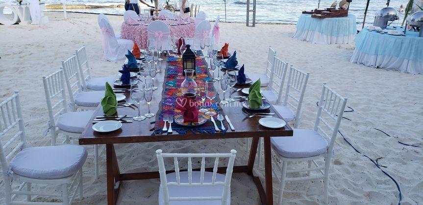 Montaje Banquete en Playa