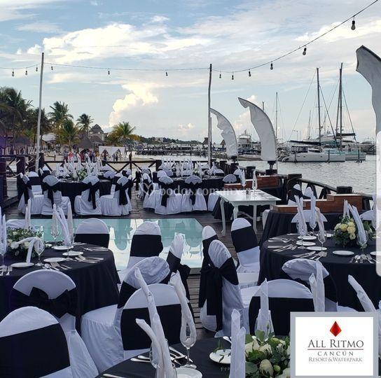 Banquete en Deck Frente al Mar