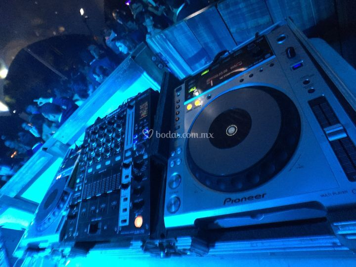DJ  de diez