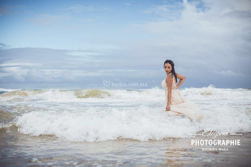 Trash the Dress, Diana