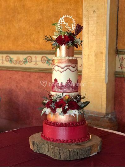 Pastel de boda rojo