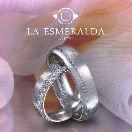 a4cdaf496dda Joyería La Esmeralda Argollas con diamante
