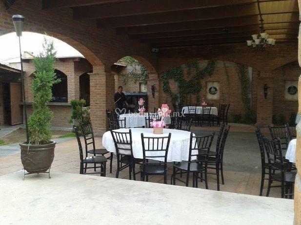 La rivera terraza jardin for Salon villa jardin morelia