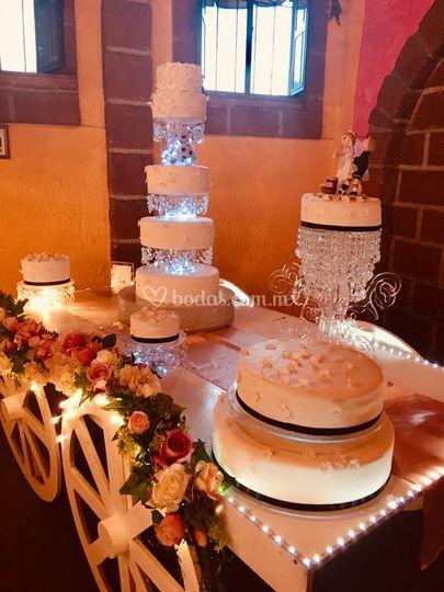 A&G Cake Shop, carreta