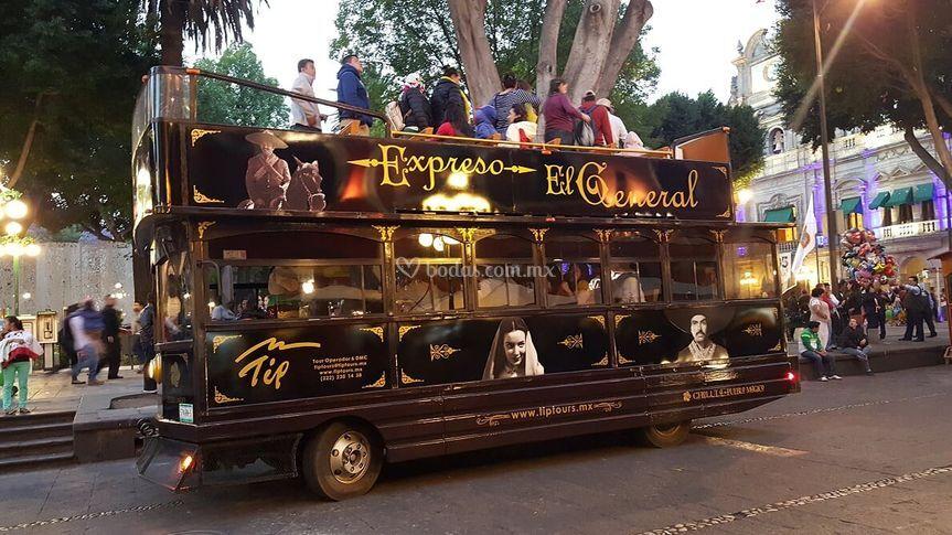 Tip Tours - Transporte de Invitados