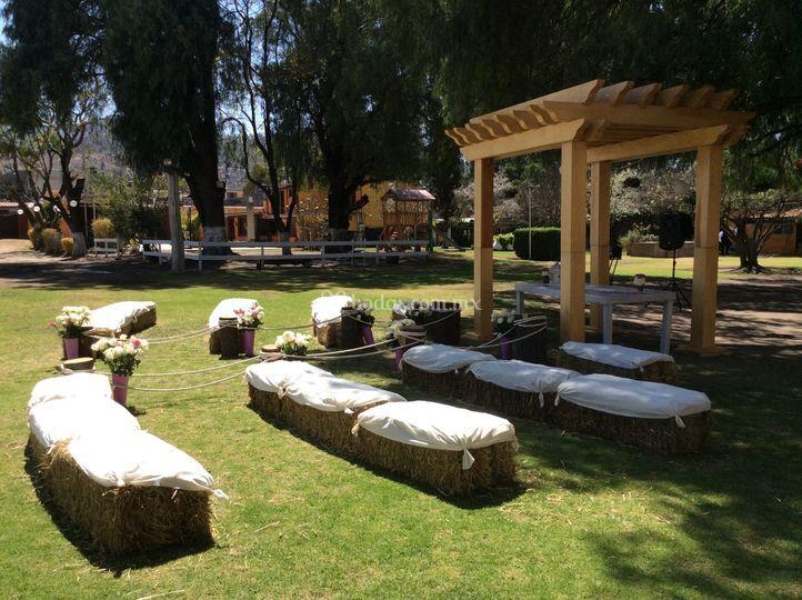 Vive tu gran dia de villa del sol jard n caba as fotos for Cabanas para jardin