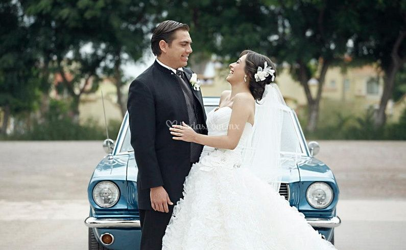 Alegría de recién casados