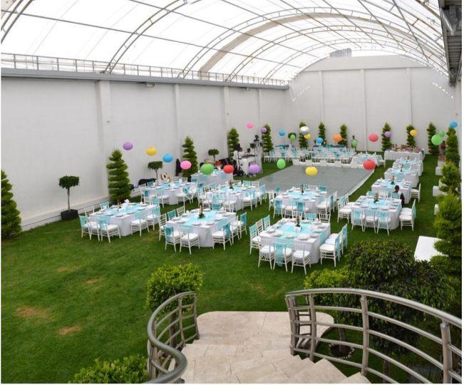 Salones y Banquetes