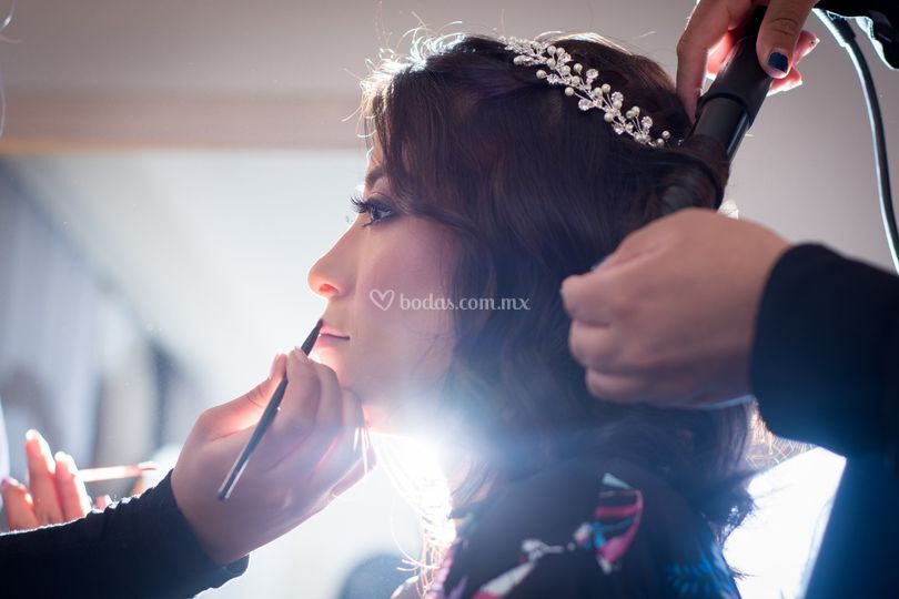The Makeup Room By Olivier & Juliana