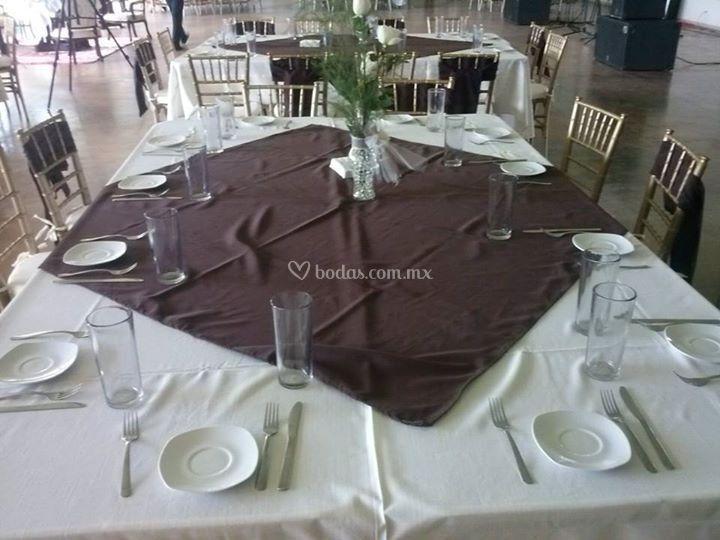 Elegancia en tus mesas