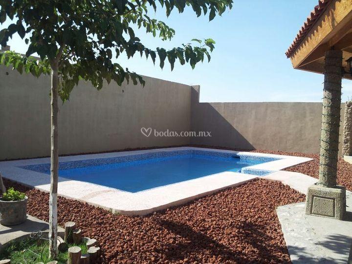 Jard n casa bonita for Casa y jardin mexico