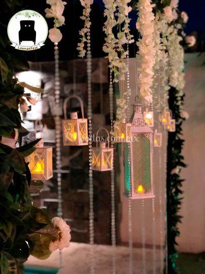 Decoracion con candiles y vela
