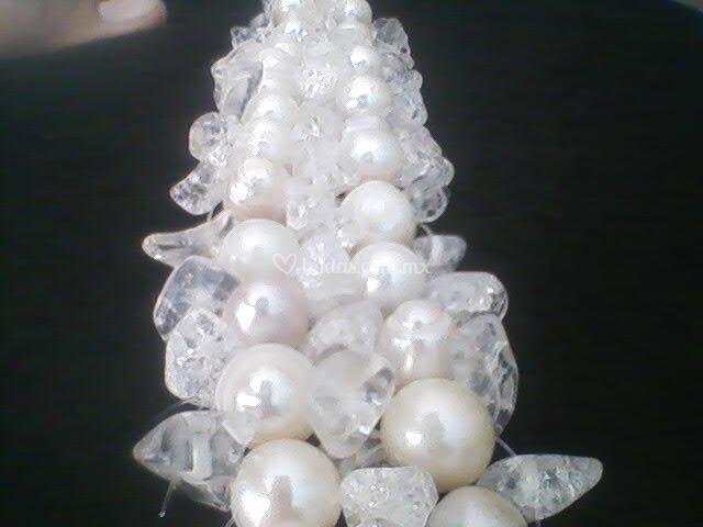 Pulsera novia con perla y cuarzo