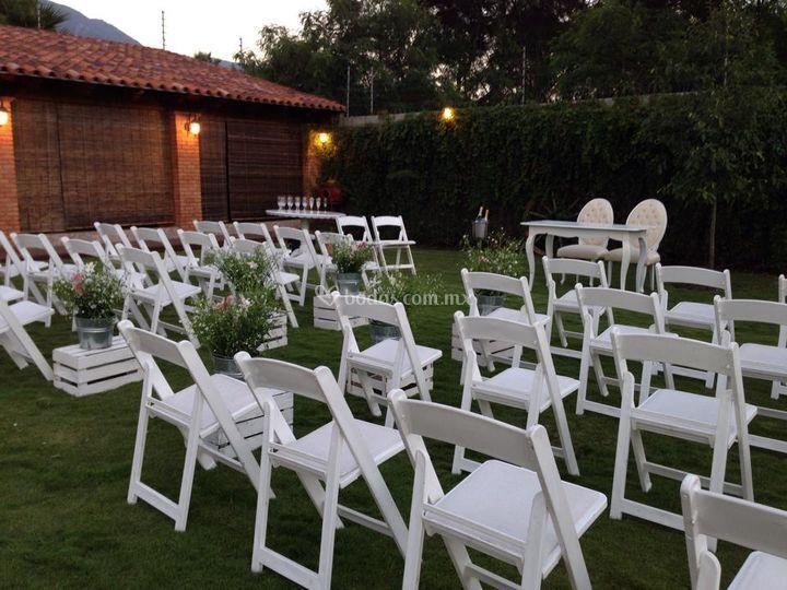 Avant garde blanca de silla real fotos for Silla avant garde