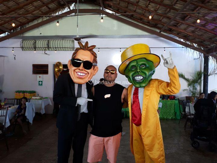 Luis Miguel y la Máscara