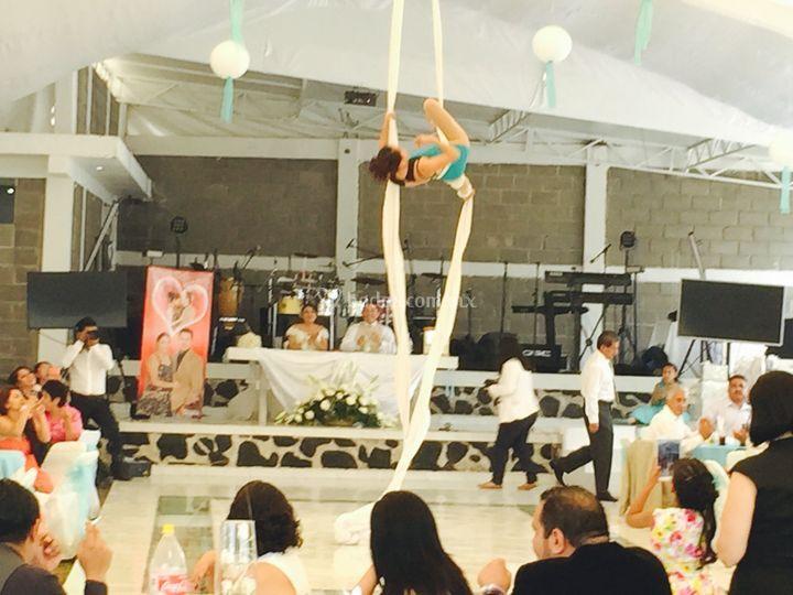 Espectáculo de danza aérea