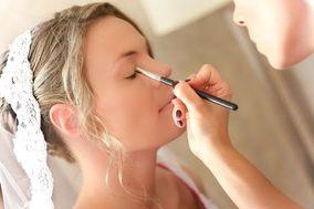 Consuelo Vizzuett Makeup Artist