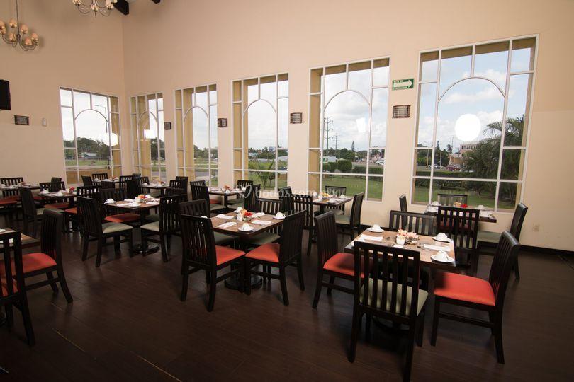 Salón - Restaurante