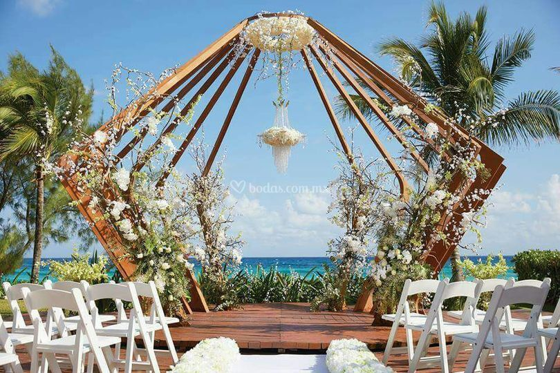 Memorable Weddings Beach