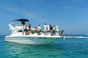 Luxury Yacht Charter Cancún