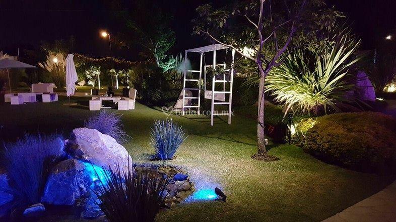 Iluminaci n arquitect nica de villa san gaspar foto 51 for Jardin villa san gaspar