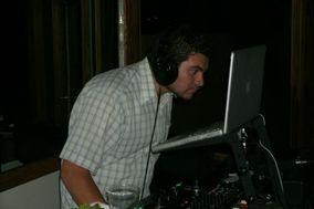 DJ Canelo
