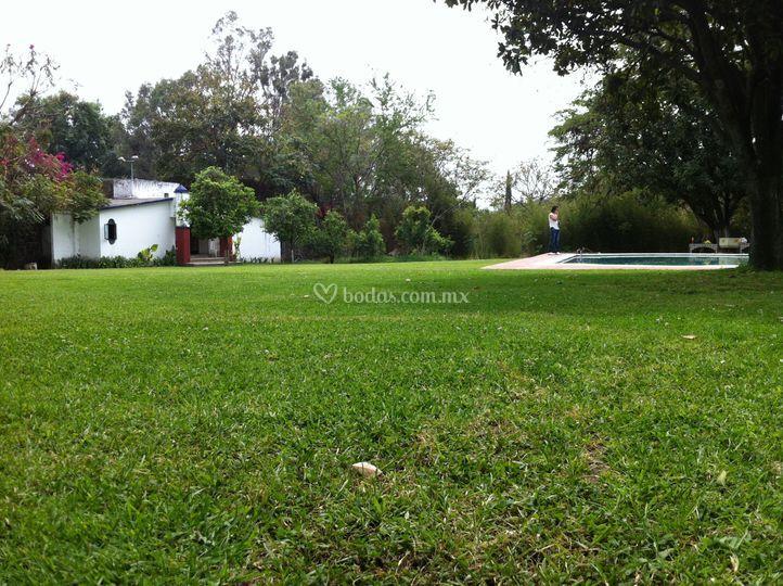 El zapote for Jardin villa xavier jiutepec