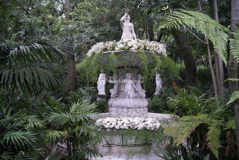 Hermosa fuente