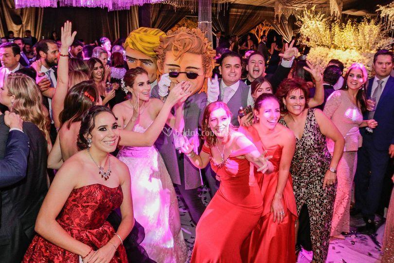 Luis Miguel en su boda