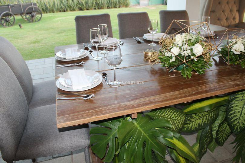 Mobiliario de eucaliptos terraza jard n foto 9 for Mobiliario jardin terraza