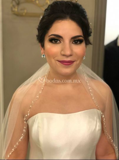 Hermosa Karla