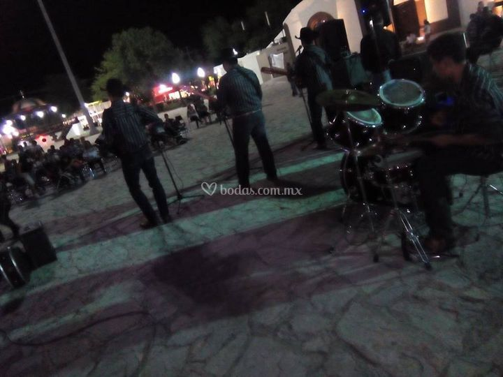 Grupo Musical Torrencial